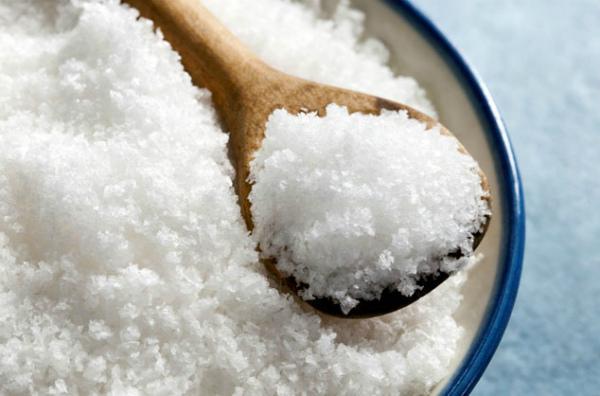 Применение соли против малины