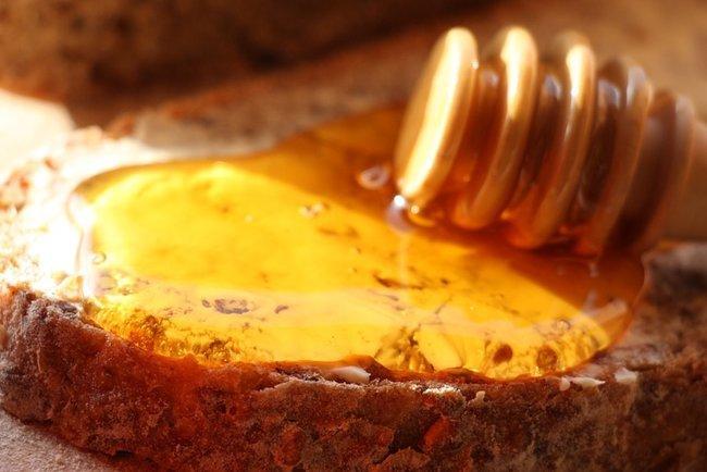 Какой мед лучший, самый вкусный темный и светлый сорт, рейтинг редкого меда