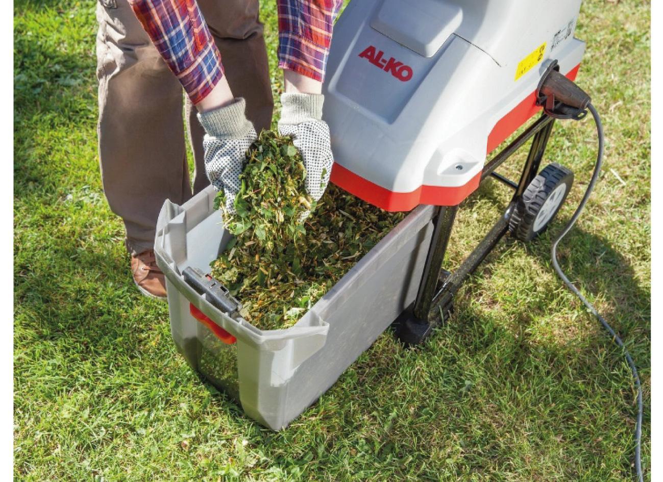 Как сделать садовый измельчитель для травы и веток своими руками из стиральной машины триммера болгарки