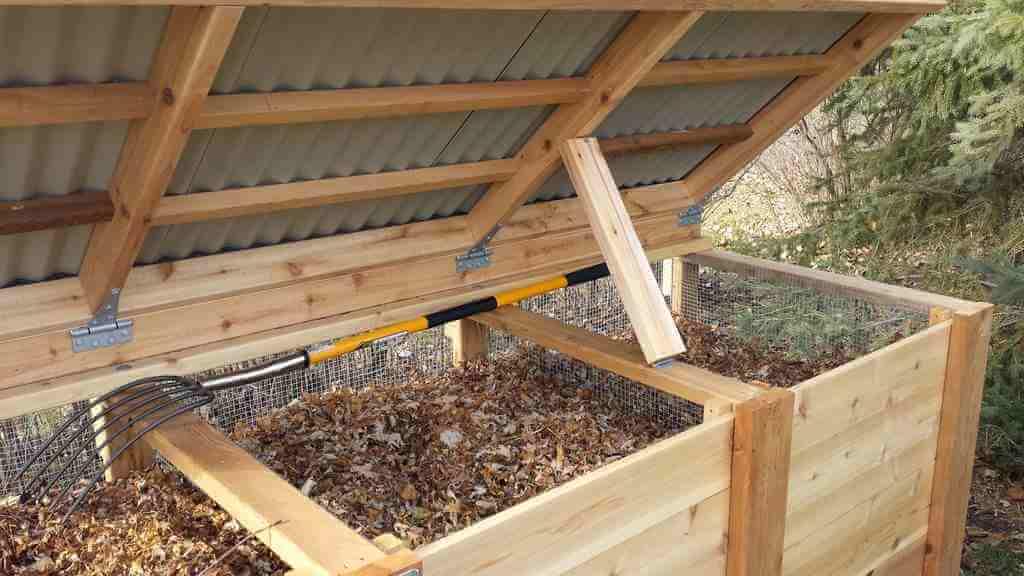Ящик для компоста своими руками из поддонов. Компостная яма своими руками: варианты изготовления и требования к конструкции